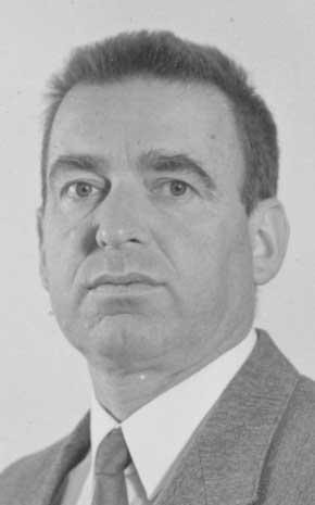 <b>Karl Teichmann</b> - p5794t6z8h